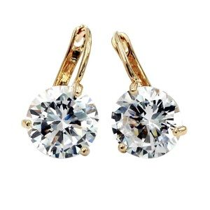 Fashion three claw gold crystal stud earrings